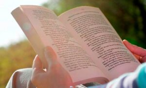 Importance of Reading in our Lives | Why Reading is Important for Children